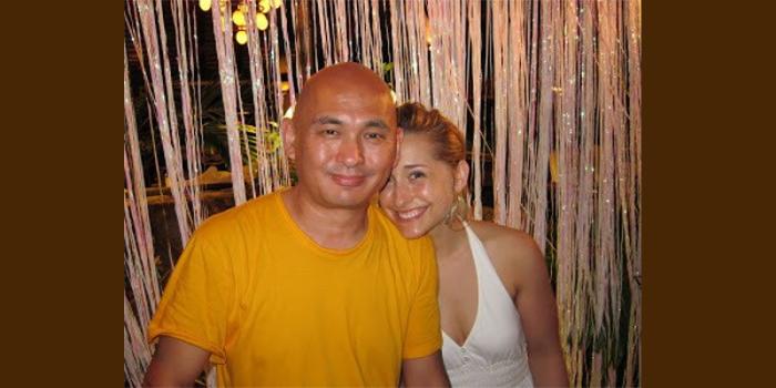 Lama-Tenzin-with-student-Allison-Mack.-800x400